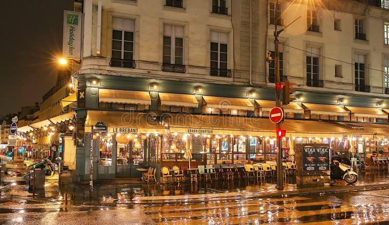Le café célèbre Brebant sur des boulevards de Grands, Paris, France photos stock