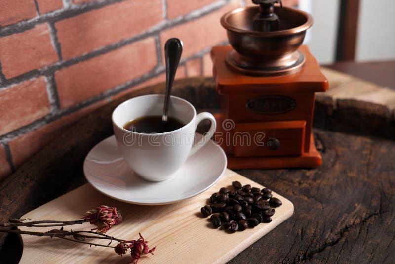 Le café usine rétro images libres de droits