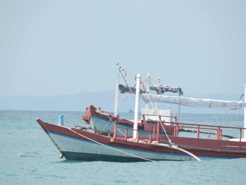 Le Cambodge, mer, été, bateau de pêche images libres de droits