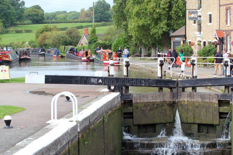 Le canal à chargent Bruerne, Royaume-Uni photo stock