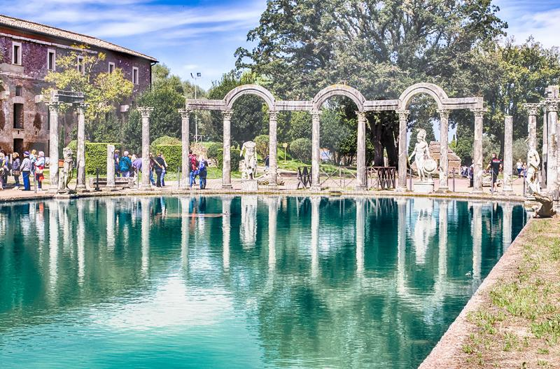 Le Canopus, piscine antique en villa Adriana, Tivoli, Italie photo stock