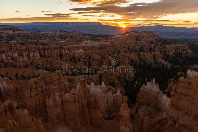 Le canyon de bryce au lever de soleil en Utah, Etats-Unis photographie stock libre de droits
