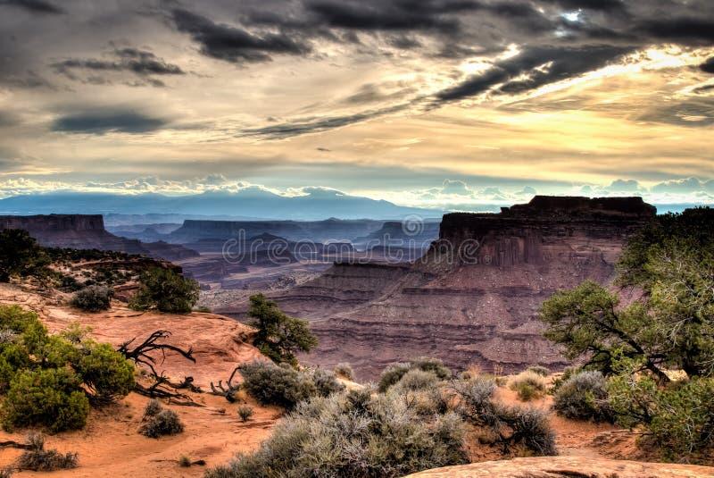 Le canyon de Shafer donnent sur au parc national de Canyonlands photos libres de droits