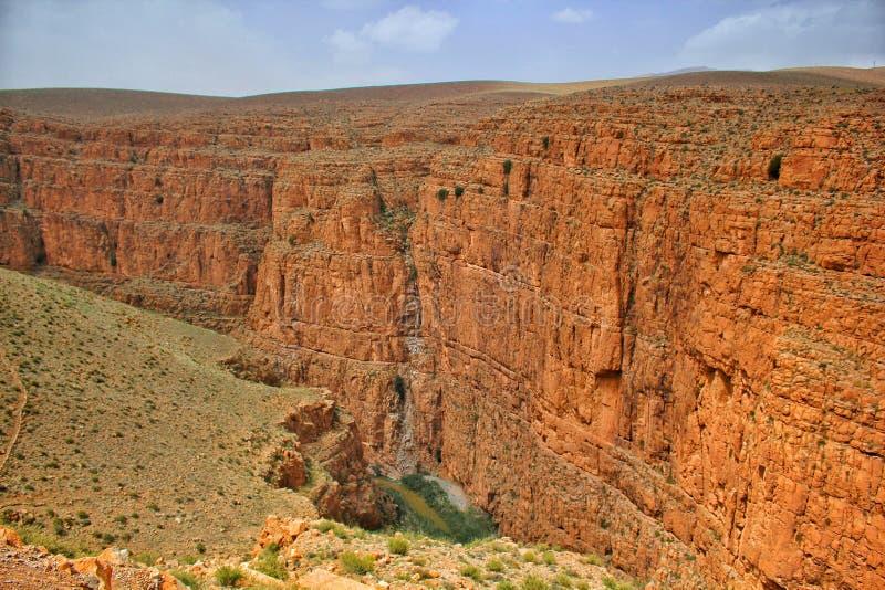 Le canyon du Dades gorge la vallée au Maroc photo stock