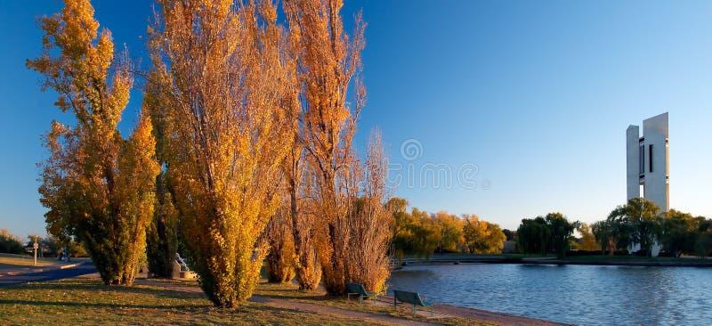le carillon de Canberra de burley griffen le national de lac photo libre de droits