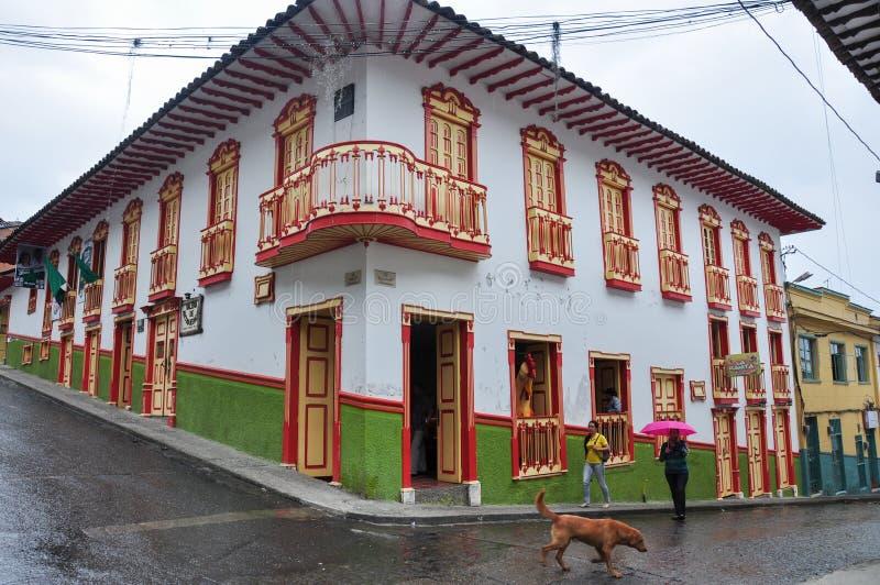 Le case colorate di Salamina in Colombia fotografie stock libere da diritti