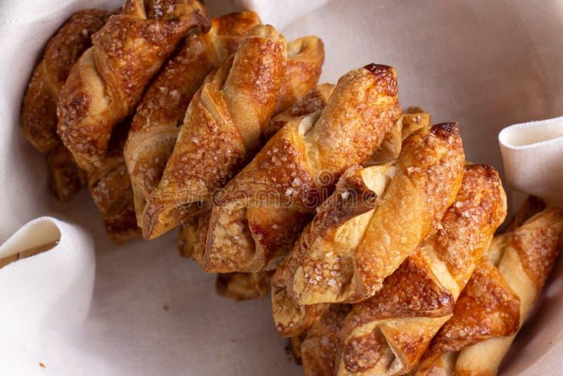 Le casse-croûte et le biscuit doux de biscuit de nourriture de dessert, font cuire au four image libre de droits