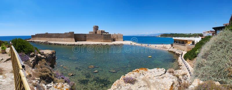 Le Castella, Isola di Capo Rizzuto, Crotone, Calabria, sydliga Italien, Italien, Europa royaltyfri fotografi