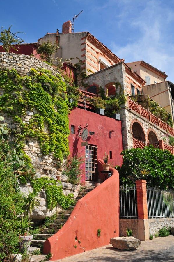 Le Castellet, Frankrijk - april 20 2016: het schilderachtige dorp stock afbeelding