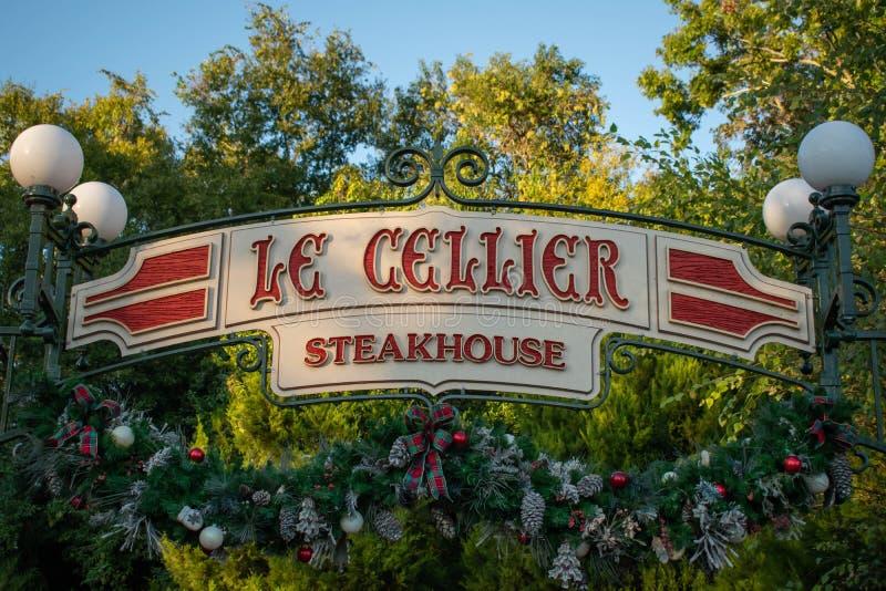 Le Cellier Steakhouse Schild bei Epcot 123 stockfotografie