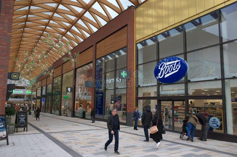 Le centre commercial de lexique dans Bracknell, Angleterre images stock