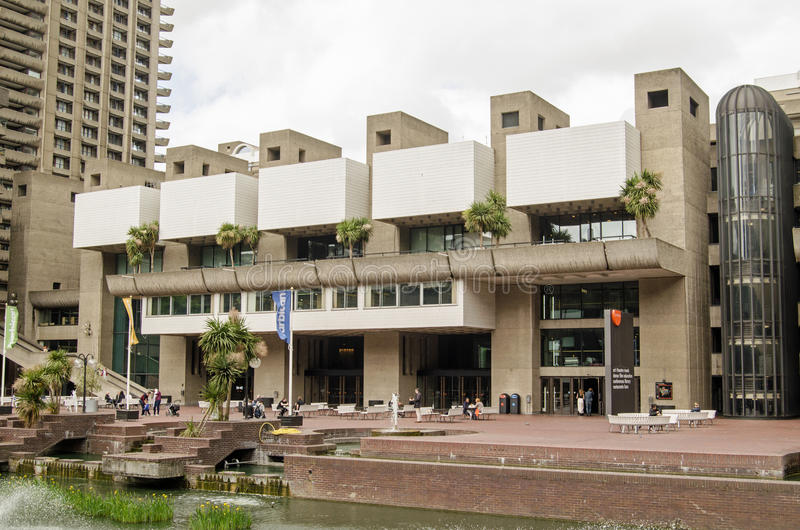 Le centre d'arts de barbacane, ville de Londres images libres de droits