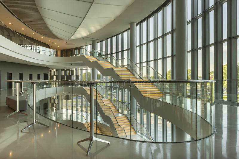 Le centre de congrès de Cracovie de GLACE en Pologne photos stock