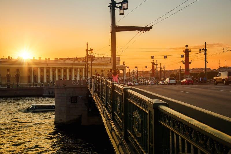 Le centre historique de St Petersburg Russie   photo libre de droits