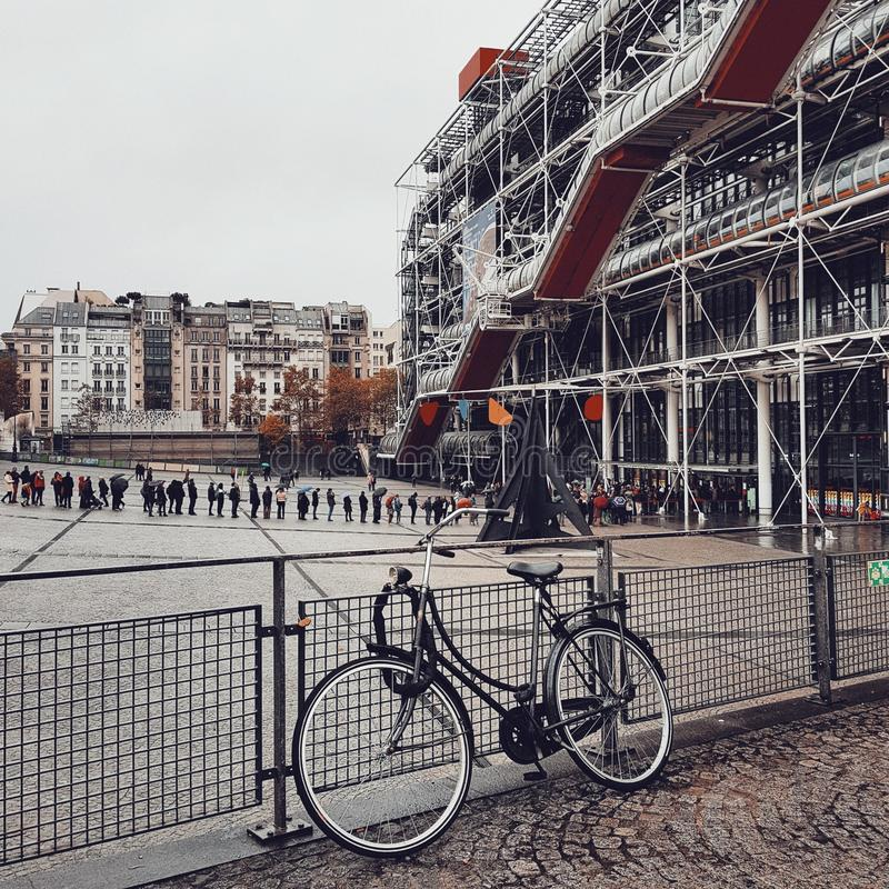 Le centre Pompidou, architecture de d?construction ? Paris image libre de droits