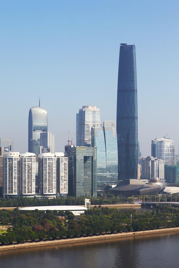 Le centre ville avec la place financière internationale photo stock