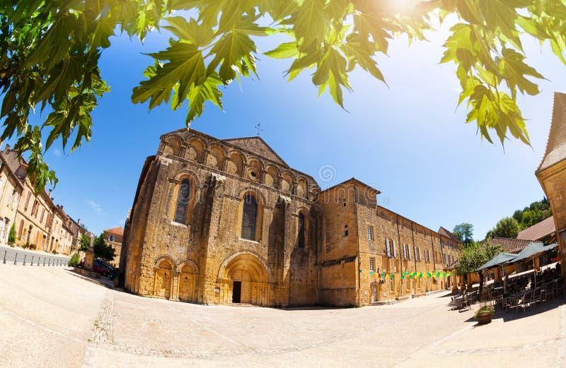 Le centre ville de Buisson de Cadouin, France du sud l'Europe image libre de droits