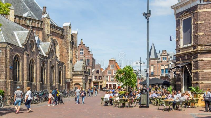Le centre-ville de Haarlem aux Pays-Bas image libre de droits