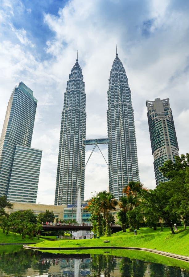 Le centre ville de Kuala Lumpur dans le district de KLCC images libres de droits