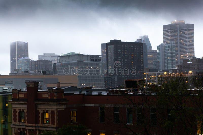 Le centre ville de Montréal photographie stock libre de droits