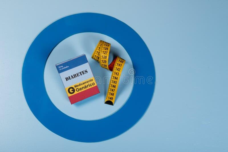 Le cercle bleu avec de l'équipement de diabète font le traitement la maladie photographie stock