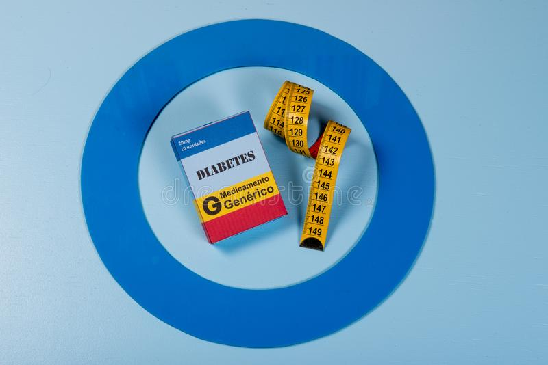 Le cercle bleu avec de l'équipement de diabète font le traitement la maladie photo stock