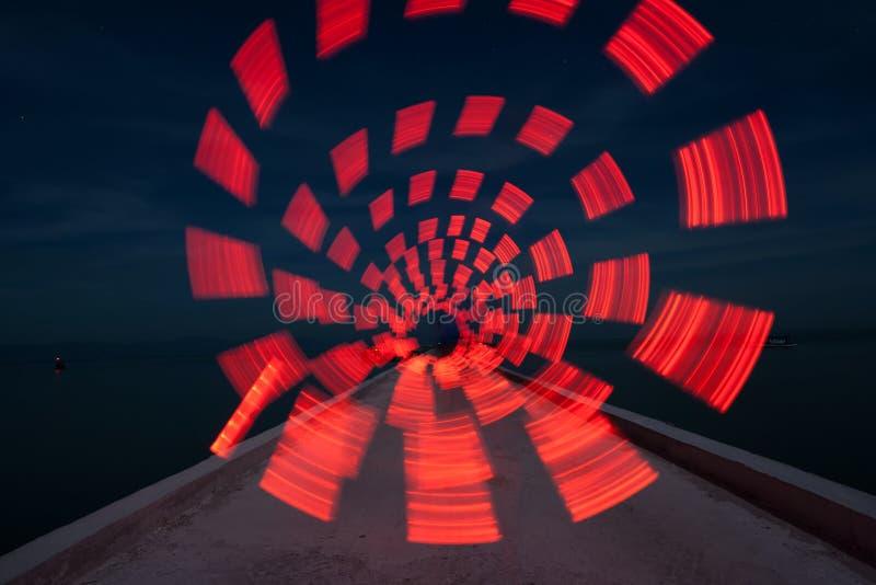 Le cercle de lumière rouge photographie stock libre de droits