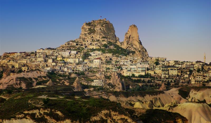 Le château d'Urchisar de forteresse dans Cappadocia a placé sur les highes photo libre de droits