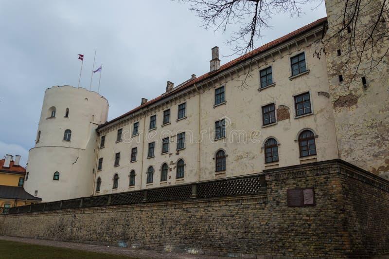 Le château de Rigas est un château sur les banques de la dvina occidentale de rivière en capitale letton Riga, résidence du prési image libre de droits
