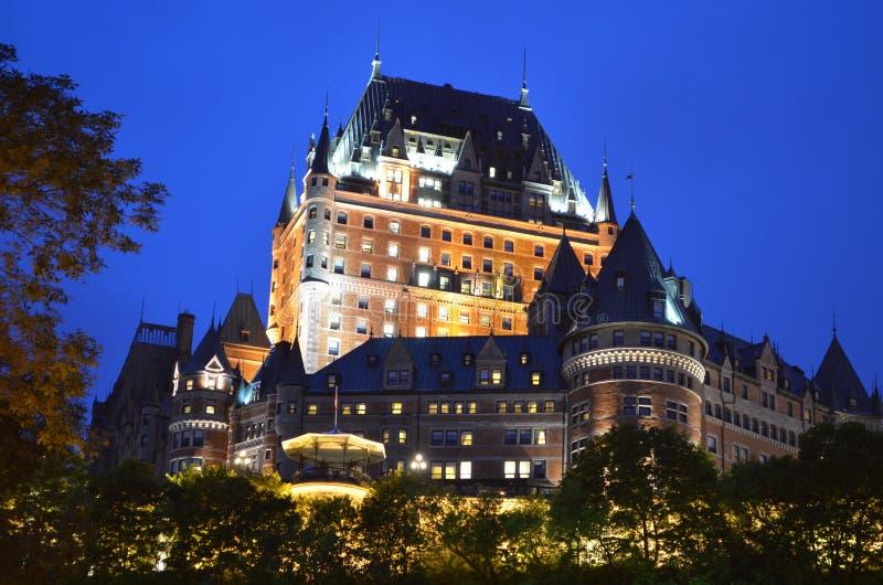 Le château Frontenac du Québec en couleurs photographie stock libre de droits