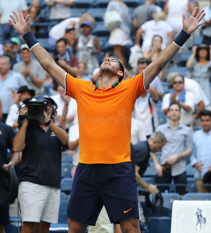 Le champion Juan Martin Del Potro de Grand Chelem de l'Argentine célèbre la victoire après son match 2018 de quart de finale d'US image libre de droits