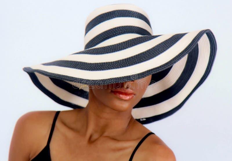 Le chapeau de dimanche image stock