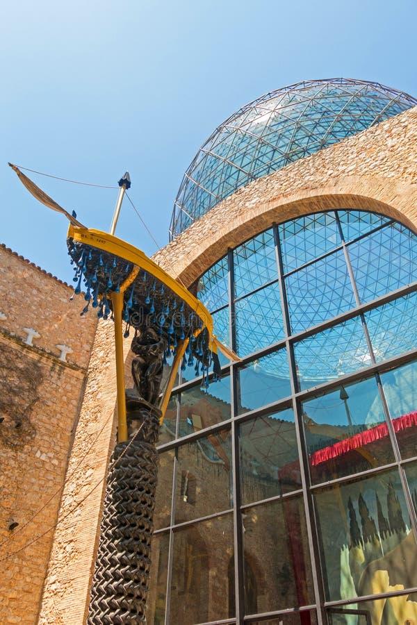 Le chariot naval, ou la barque du gala dans le musée de Dali, à Figueres, la Catalogne, Espagne photos libres de droits