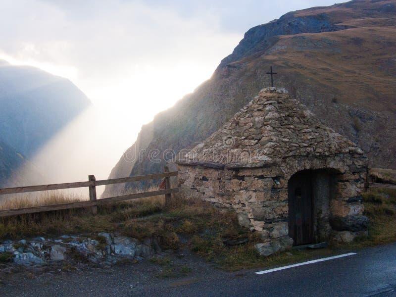 Le Chazelet, losu angeles grób, hautes alpes, FRANCJA obraz royalty free