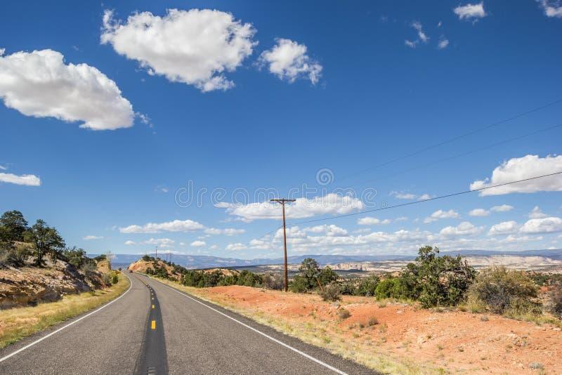 Le chemin détourné scénique 12 près de la tête des roches donnent sur photographie stock