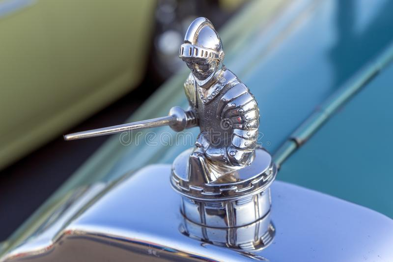 Le chevalier dans le chevalier de Willys images stock