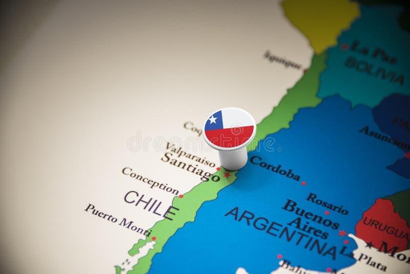 Le Chili a identifié par un drapeau sur la carte photos libres de droits