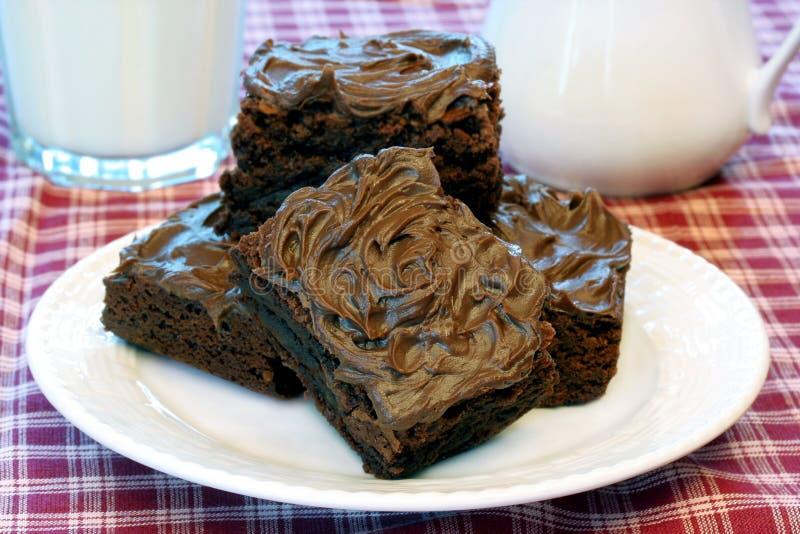 Le chocolat a glacé des 'brownie' photos libres de droits