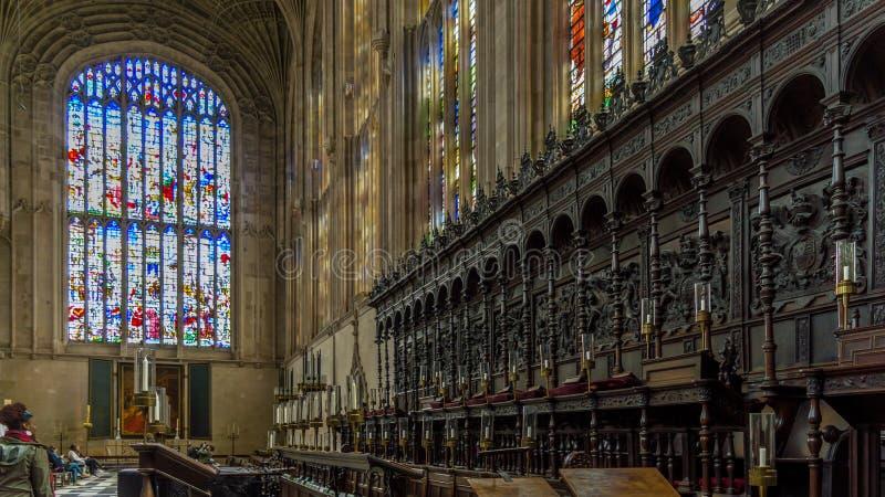 Le choeur à l'intérieur de la chapelle d'université du ` s de roi, Cambridge, Cambridgeshire photos stock