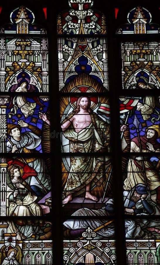Le Christ levé en verre souillé photos libres de droits