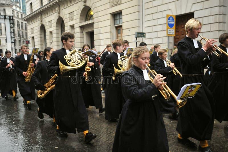 Le Christ's Hospital School Band est un groupe de marcheurs de premier plan au Royaume-Uni photo stock