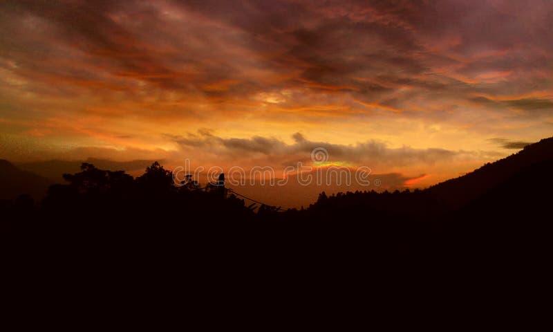 Le ciel brûle photographie stock