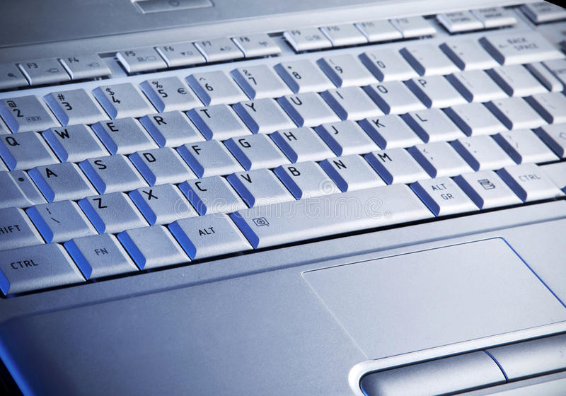 Le clavier de l'ordinateur portatif image libre de droits