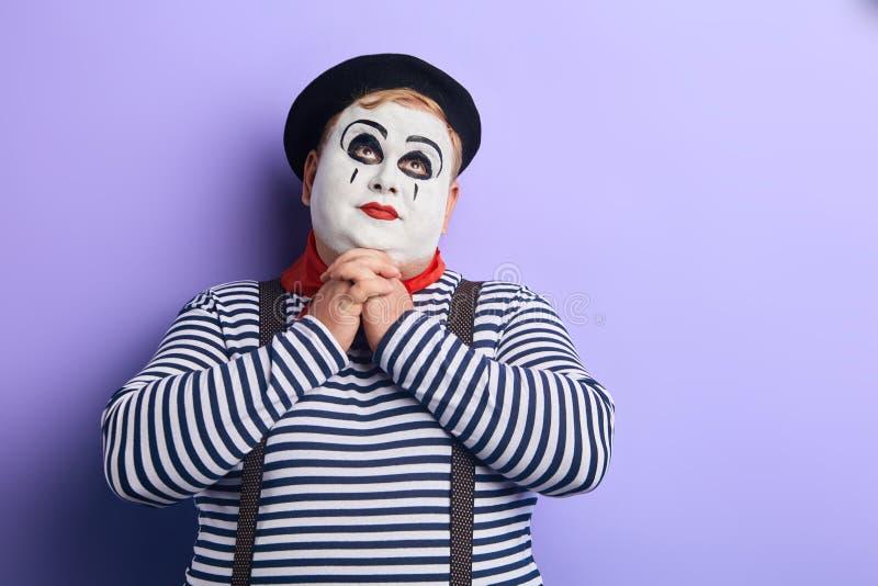 Le clown dodu a un rêve Fermez-vous vers le haut de la photo Copiez l'espace photos libres de droits