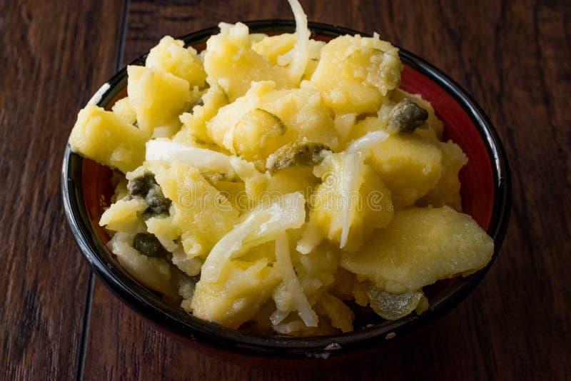 Le colcannon irlandais de pomme de terre/a écrasé des pommes de terre à l'oignon image stock