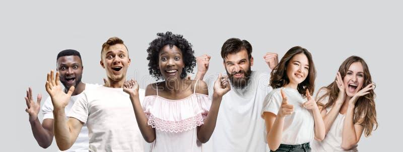 Le collage des visages des personnes étonnées sur les milieux blancs image stock