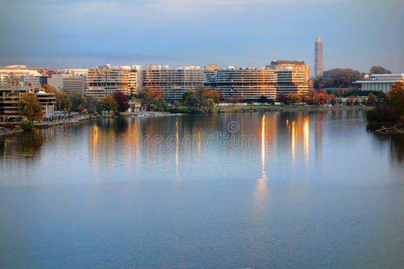 Le complexe de Watergate au coucher du soleil dans le Washington DC photo libre de droits