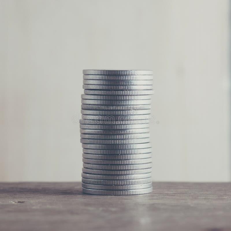 Le concept d'argent invente le baht de devise thaïlandais image libre de droits
