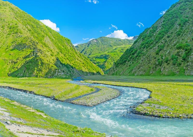 Le confluent de deux rivières images libres de droits