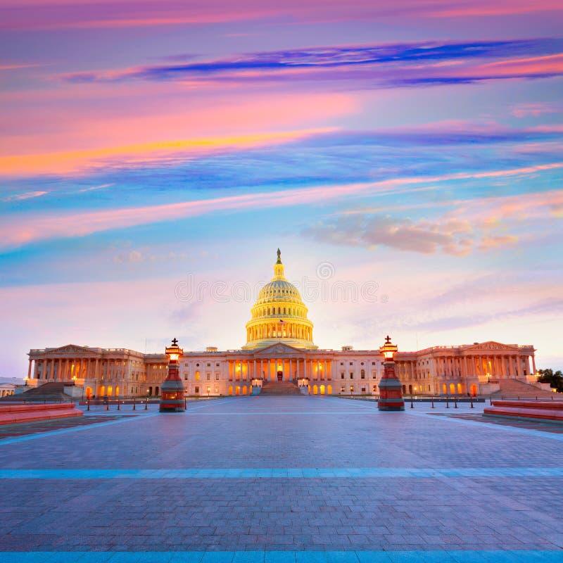 Le congrès des USA de coucher du soleil de Washington DC de bâtiment de capitol image libre de droits